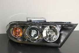 Saab 9-7X Xenon Headlamp - Left Side. 19121828 (05-09 9-7X)[19121828]